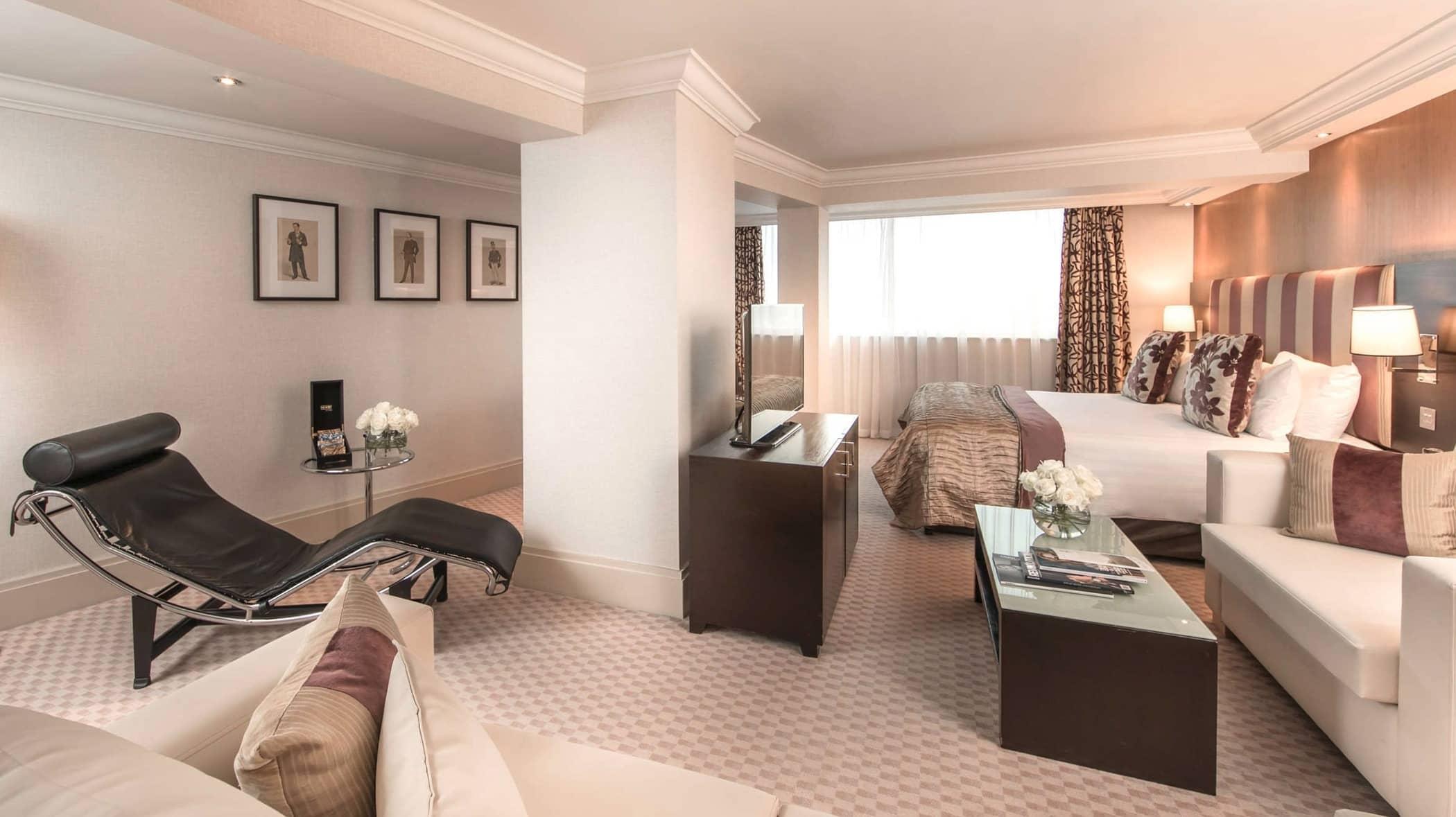Room in Cavendish Hotel London