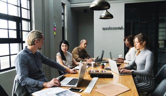 Le réseau WiFi permet aux employés de travailler en mobilité